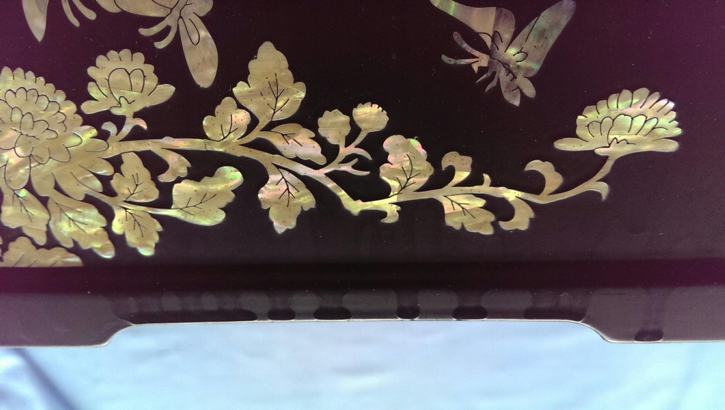 Перламутровая шкатулка Июньские цветы