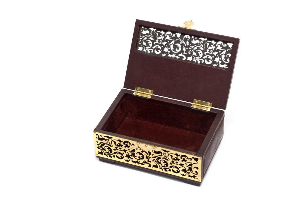 Тортом внутри, красивые шкатулка под золото под сережки томск