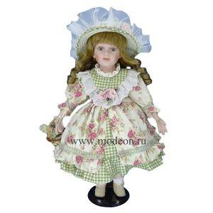 Фарфоровая кукла в современной одежде Наташа, 40см