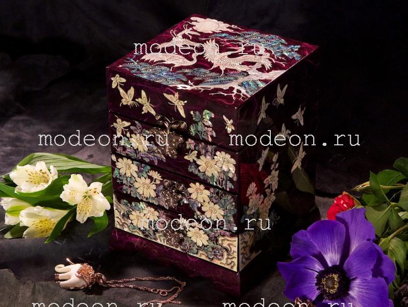 Комод из перламутра Цветы и журавли, фиолетовая