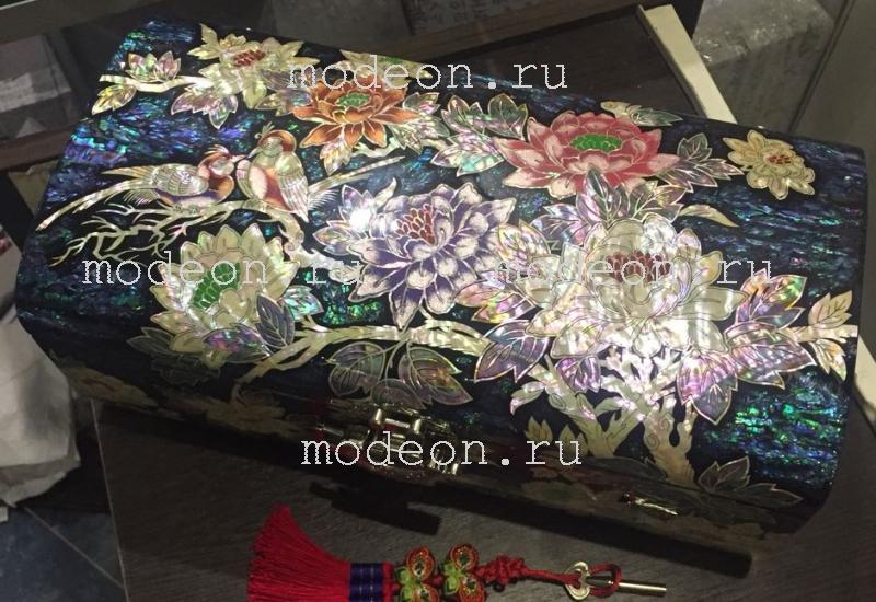 Перламутровая шкатулка Хризантемы