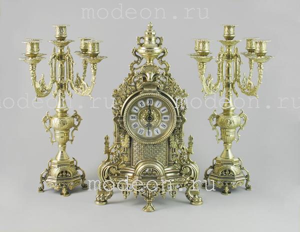 Часы каминные и 2 канделябра на 5 свечей, 3 предмета