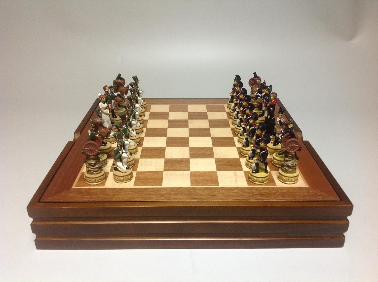 Шахматный ларец Наполеон и Кутузов, металл
