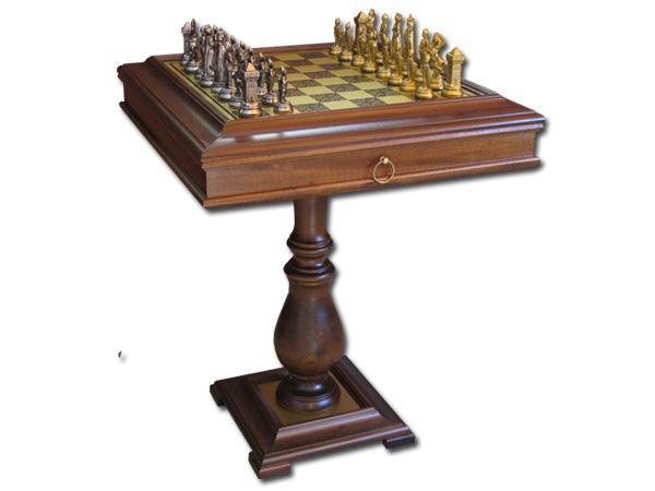 Шахматный стол Мария Стюард.