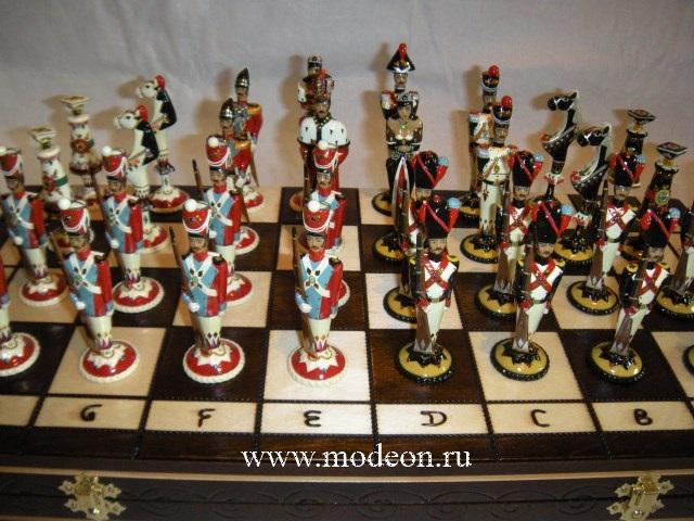Шахматы подарочные Красные мундиры.