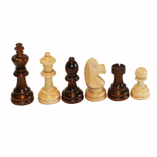 Шахматы, шашки, нарды Королевские.