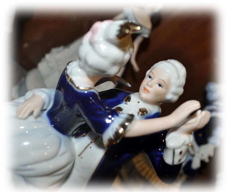Музыкальная статуэтка Танцующуя пара