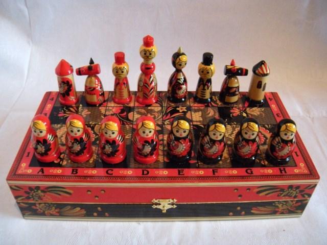 Шахматы цветные Хохлома