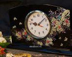 Настольный часы из перламутра Время лета.